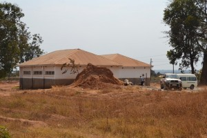 38-Centro Sociale di Chililabombwe- uno dei due padiglioni è stato finanziato dalla ns. associazione
